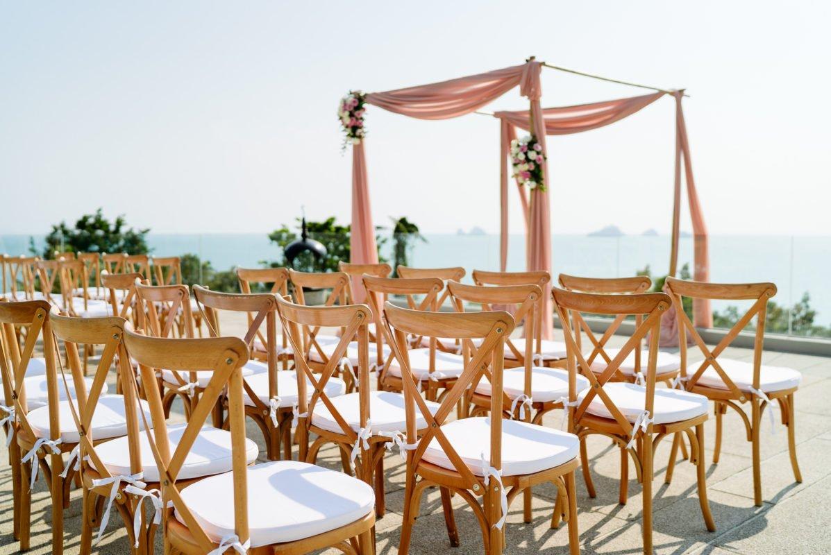 location arche mariage en occitanie