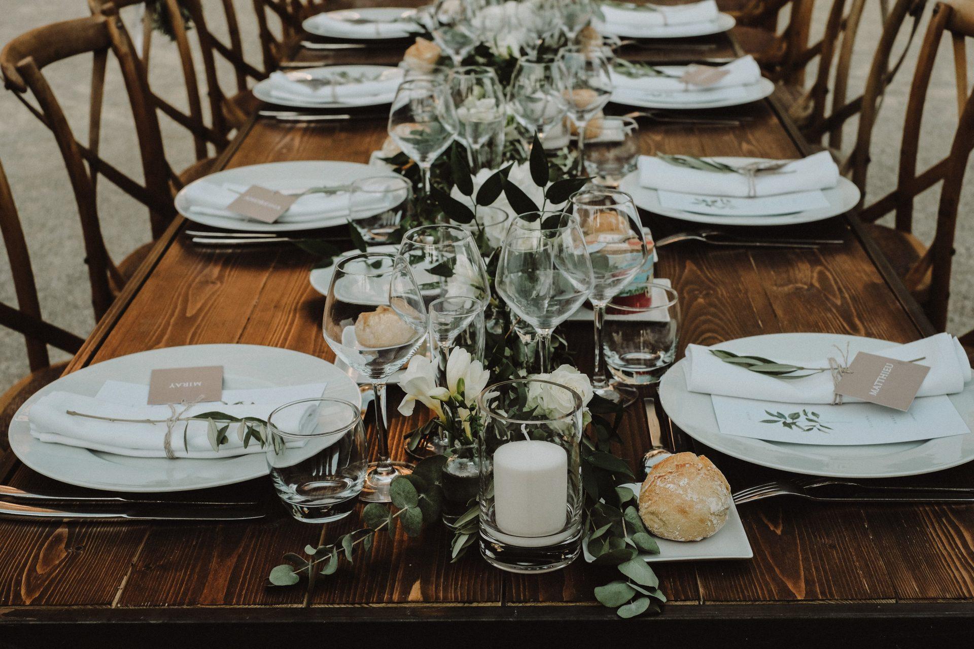 table bois mariage repas traiteur montpellier