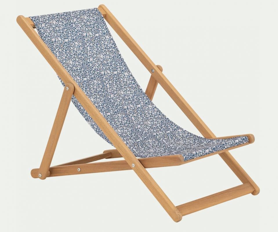 location mariage mobilier enfant bois bohème chilienne chaise repas événementiel Hérault