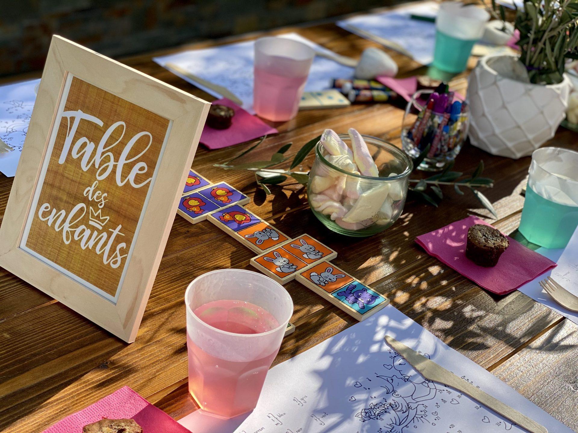 table bois repas enfant traiteur location mariage Herault Gard