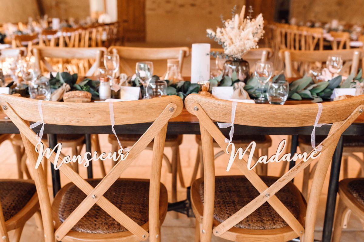 chaise bistrot location mariage repas cérémonie bohème Provence sud de France