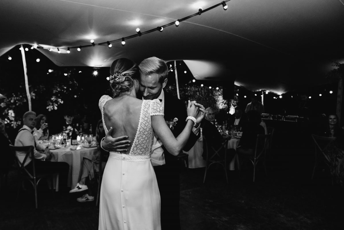 Mariage ouverture de bal danse tente stretch location mariage mobilier south of france